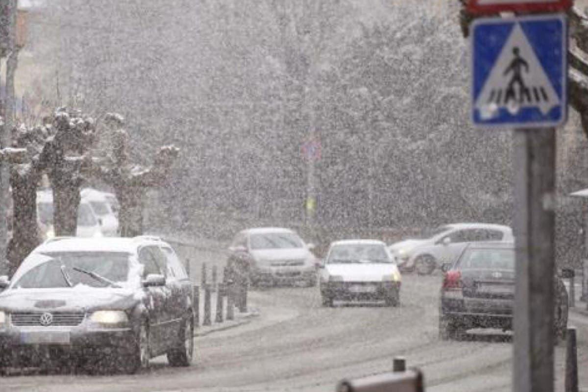 Madrid se prepara para la llegada de las nevadas