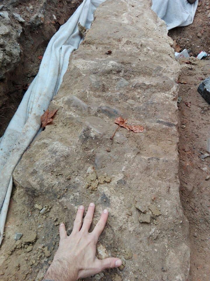 Fotos publicadas en la página de Facebook del Grupo en Defensa del Patrimonio Complutense.