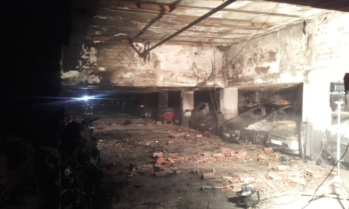 Incendio en un garaje de San Blas (Emergencias Madrid).