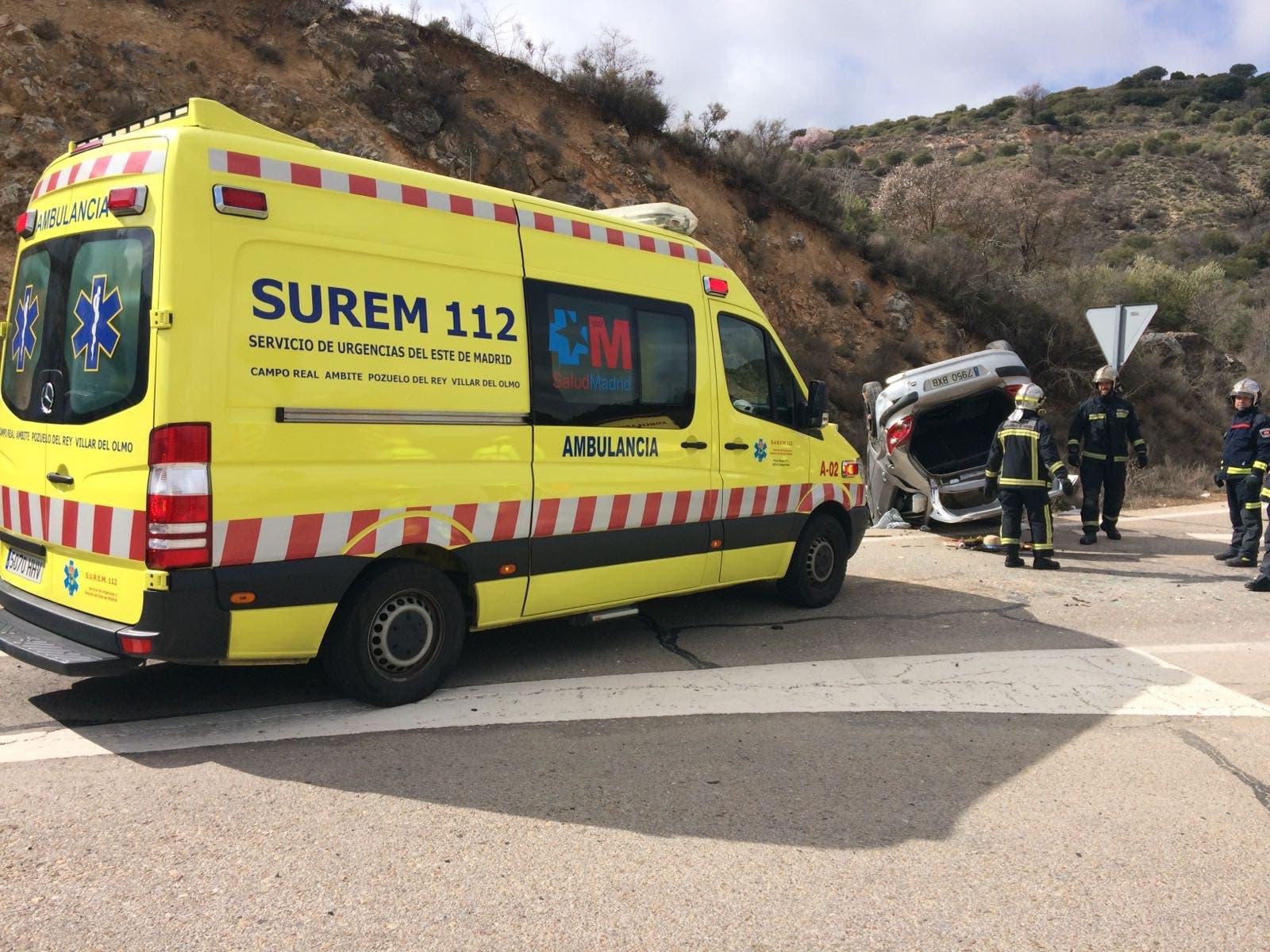 Imagen del accidente de esta mañana en Nuevo Baztán (SUREM).