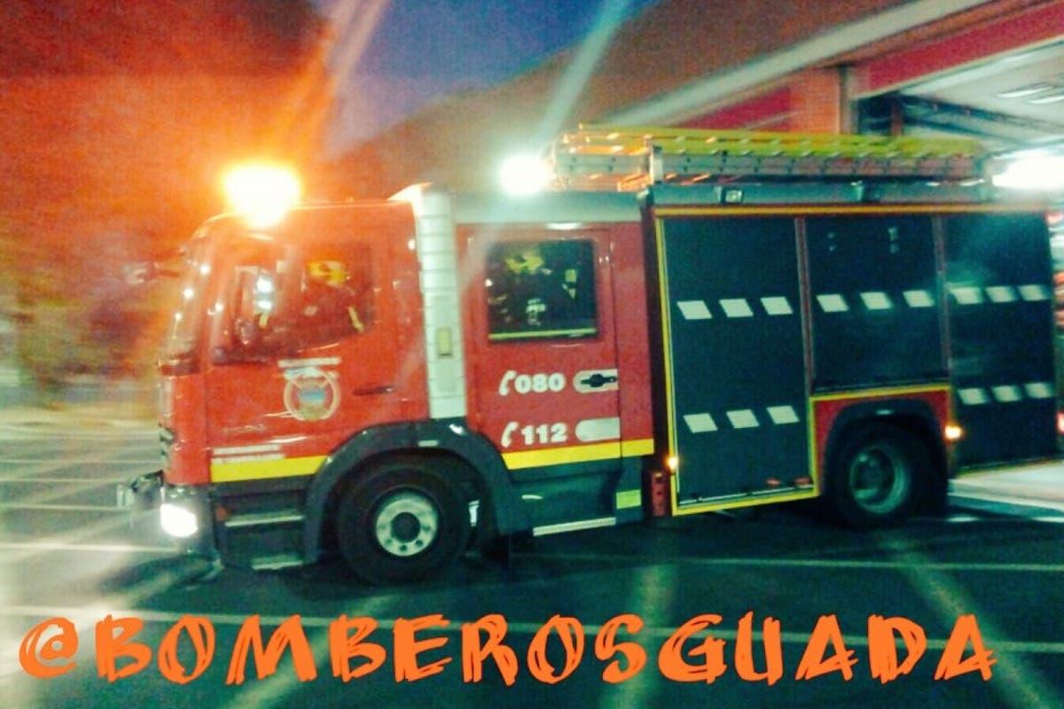 Un incendio en un bloque de pisos de Guadalajara deja seis heridos