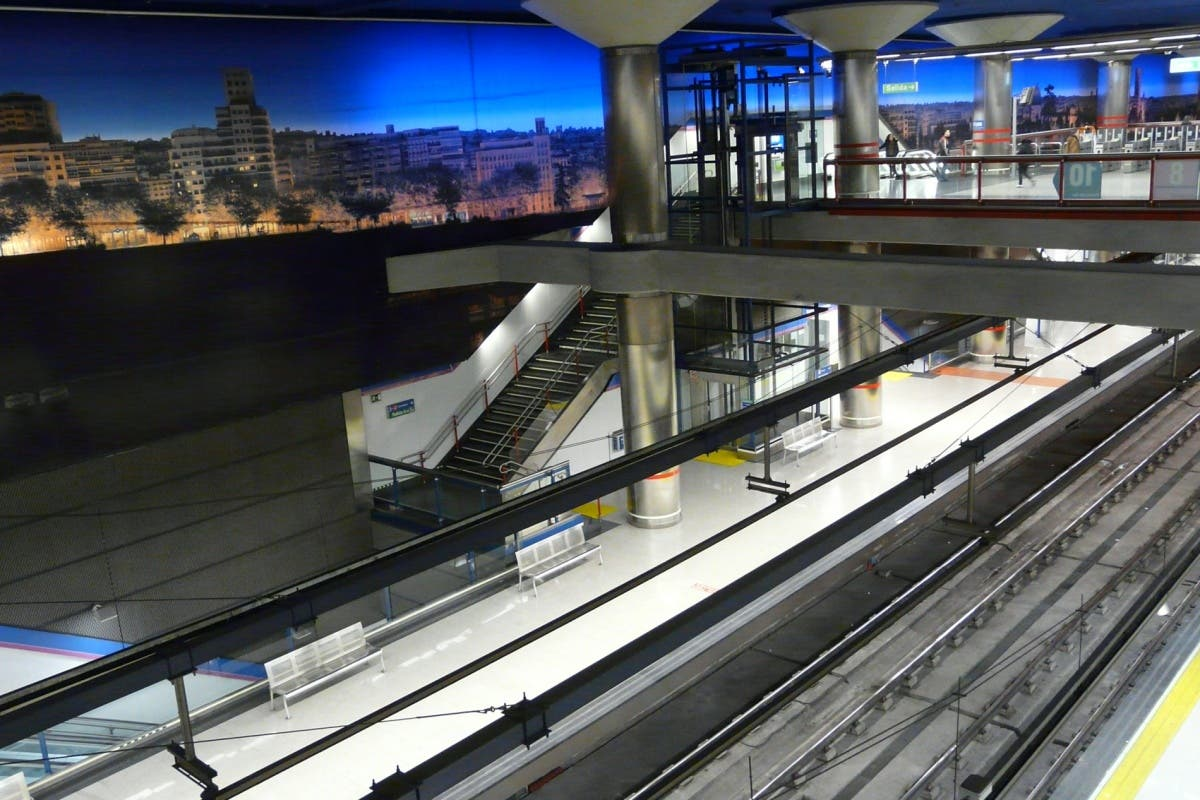 Brutal paliza a dos jóvenes en el Metro de Madrid