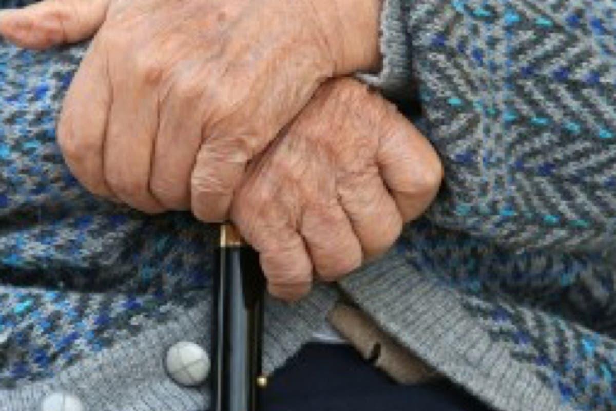 Detenido un trabajador de un geriátrico por encerrar y atar a los ancianos