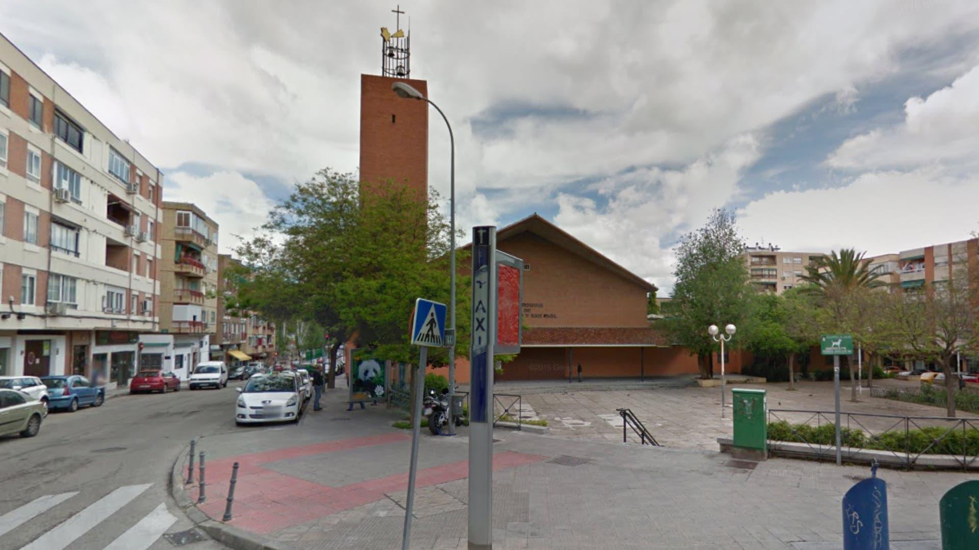 Iglesia de San Pedro y San Pablo en pleno centro de Coslada (Google Maps).