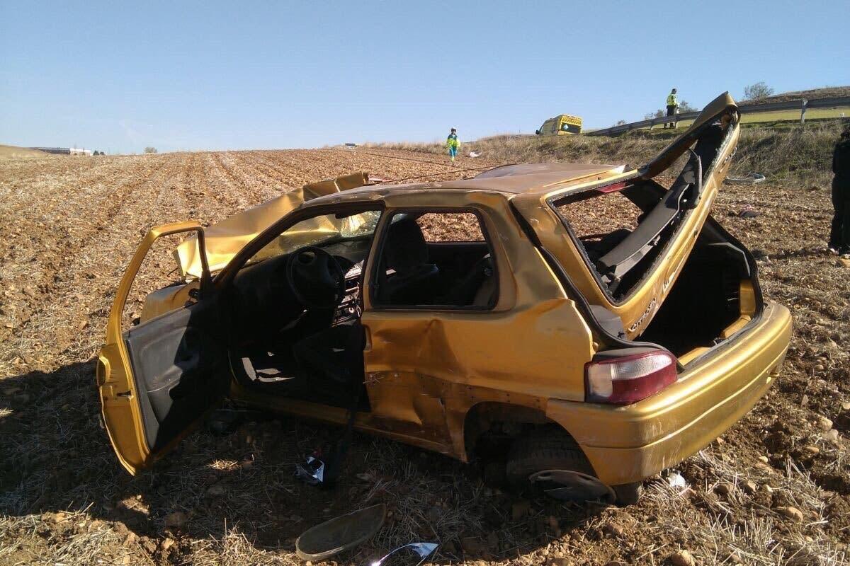 Herida en Paracuellos tras dar varias vueltas de campana con el coche