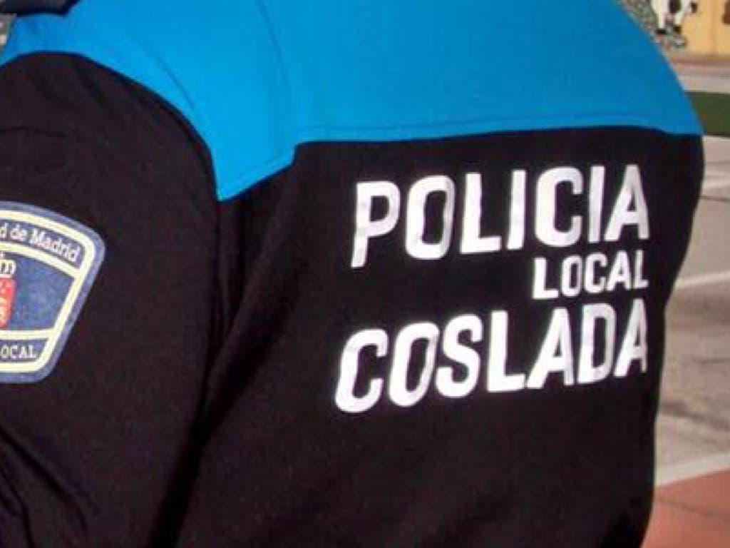 Dos policías locales asisten un parto en un domicilio de Coslada