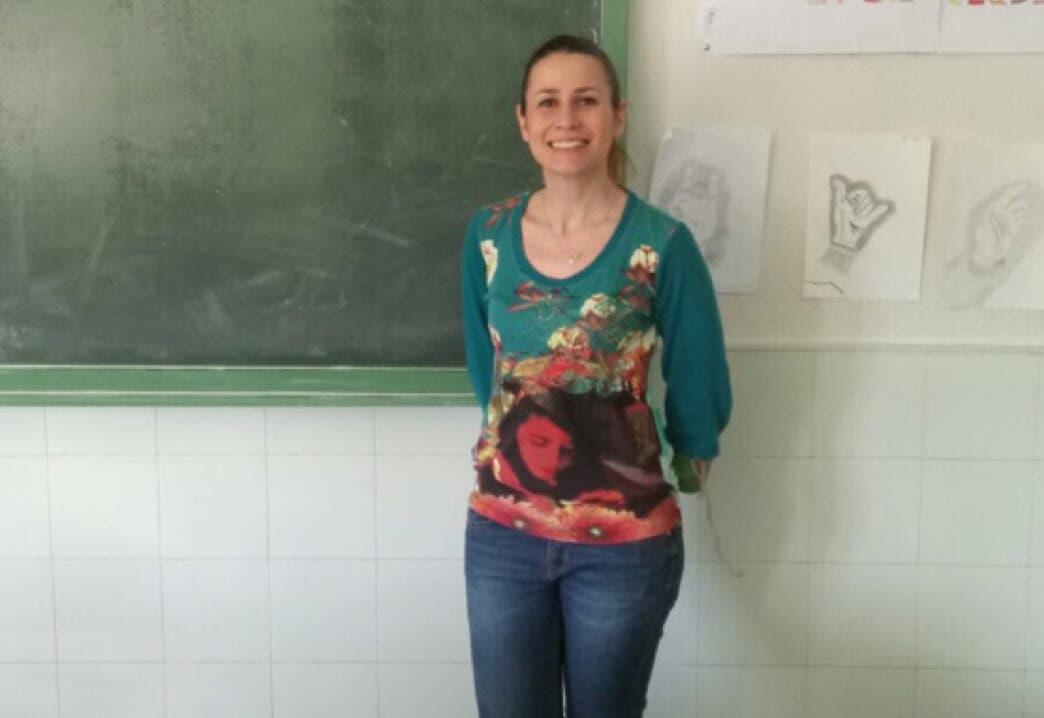 Esmeralda Reviriego, en un aula del IES Las Veredillas.