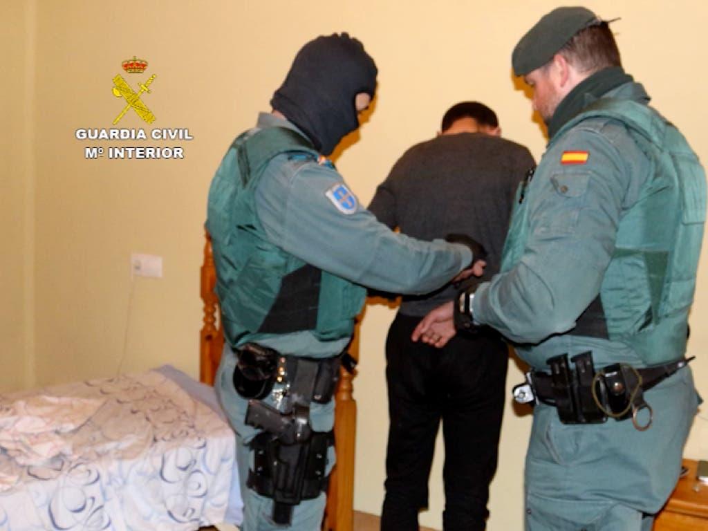 Seis detenidos en Alcalá acusados de más de 100 robos en viviendas