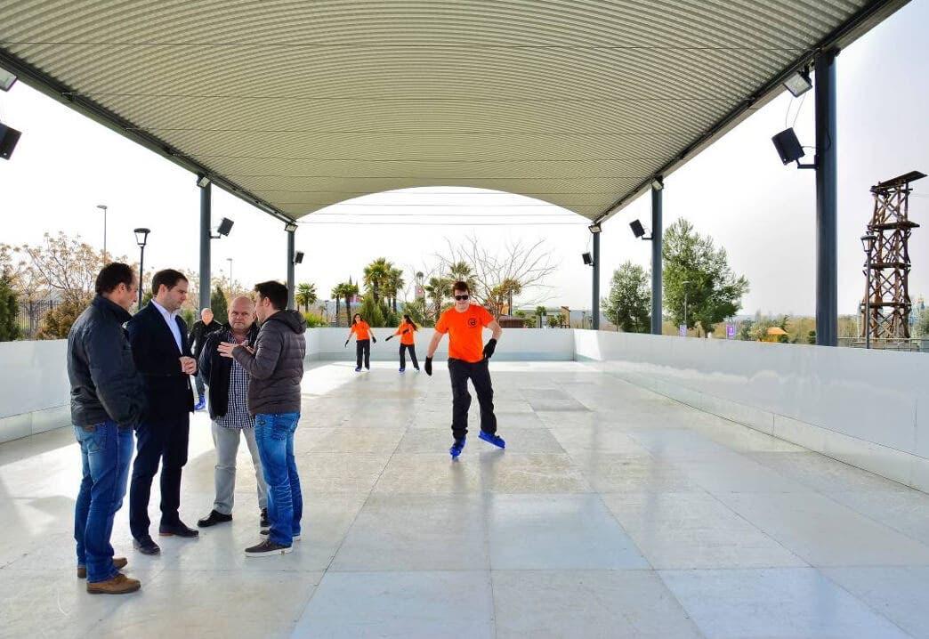 El Parque Europa de Torrejón estrena Pista de Hielo artificial