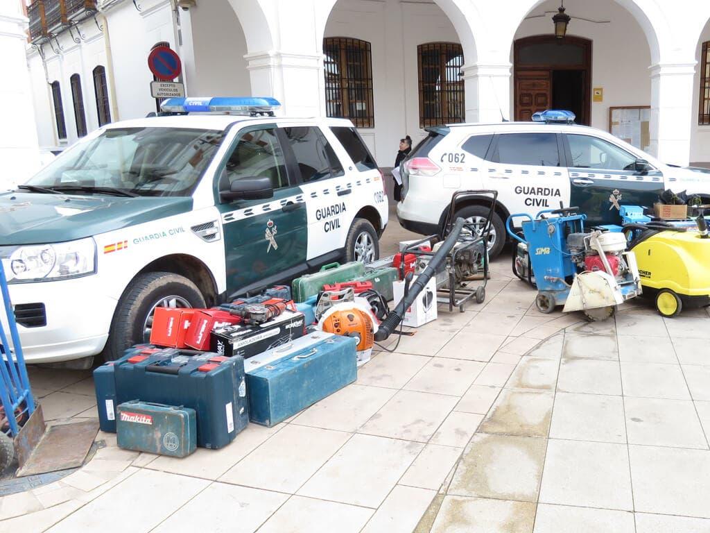 Detenido en Villar del Olmo por el robo de un camión lleno de material