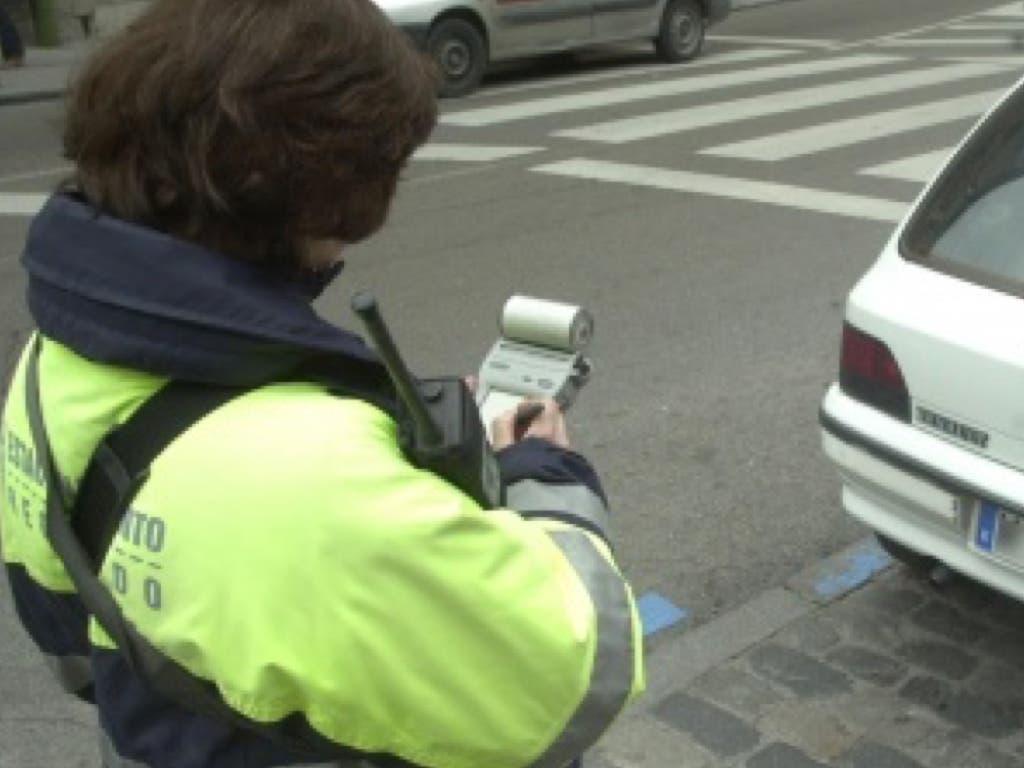 Un juez determina cómo es posible anular las multas de los parquímetros