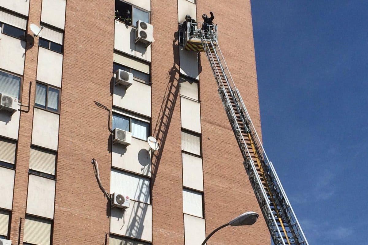 En estado crítico una anciana tras un incendio en su vivienda