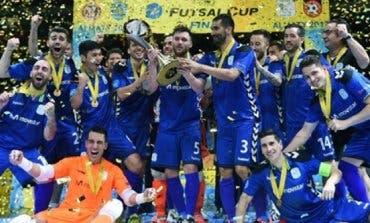 Torrejón celebra el triunfo del Movistar Inter, campeón de Europa