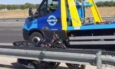 Muere un motorista al impactar contra un guardarraíl en la M-407