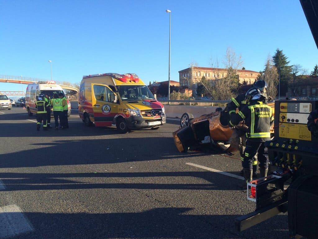 Herida grave una joven de 23 años en un accidente en la M-607