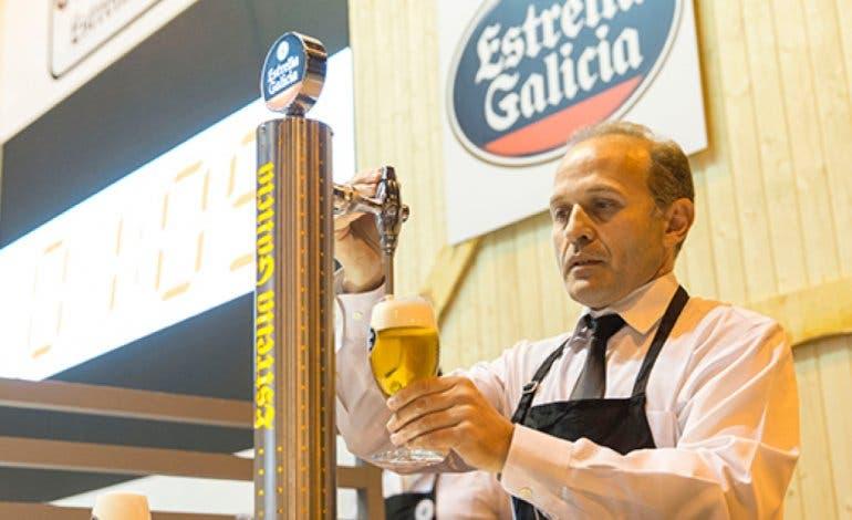 Un hostelero de Torrejón se convierte en el Mejor Tirador de Cerveza de Madrid