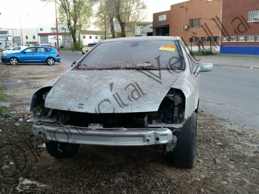La Policía de Velilla alerta sobre los coches abandonados