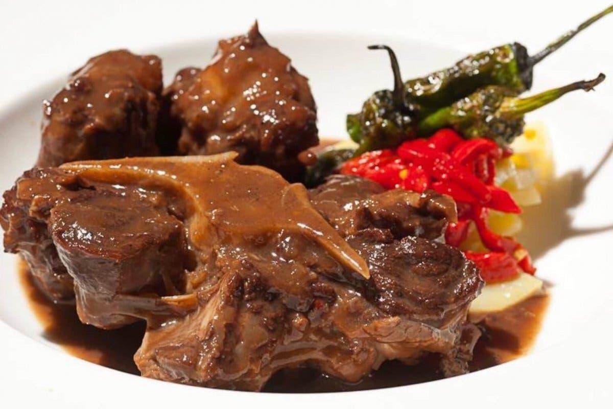 21 restaurantes madrileños celebran El Mes del Rabo de Toro