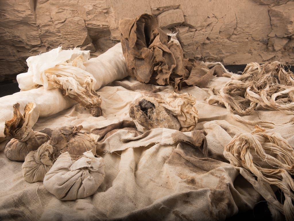 Objetos encontrados en Luxor (UAH).