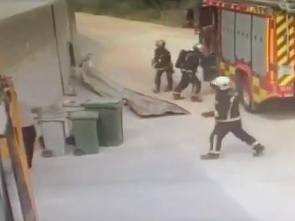 Impresionantes imágenes: Así «pilló» a los Bomberos la explosión de Arganda