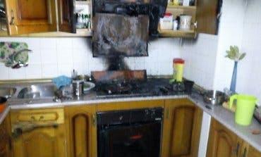 Desalojadas tres viviendas en Brihuega (Guadalajara) por un incendio