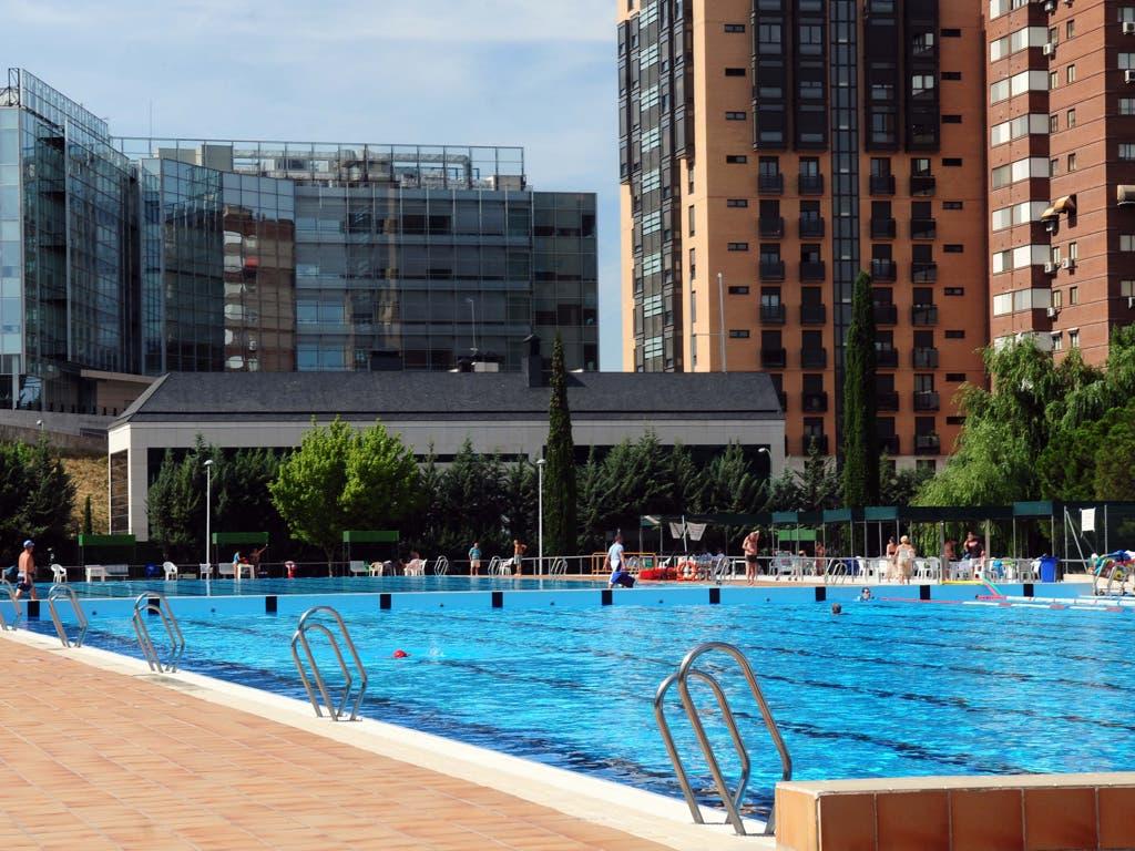 Este s bado abren las piscinas municipales de madrid - Piscina ajalvir ...
