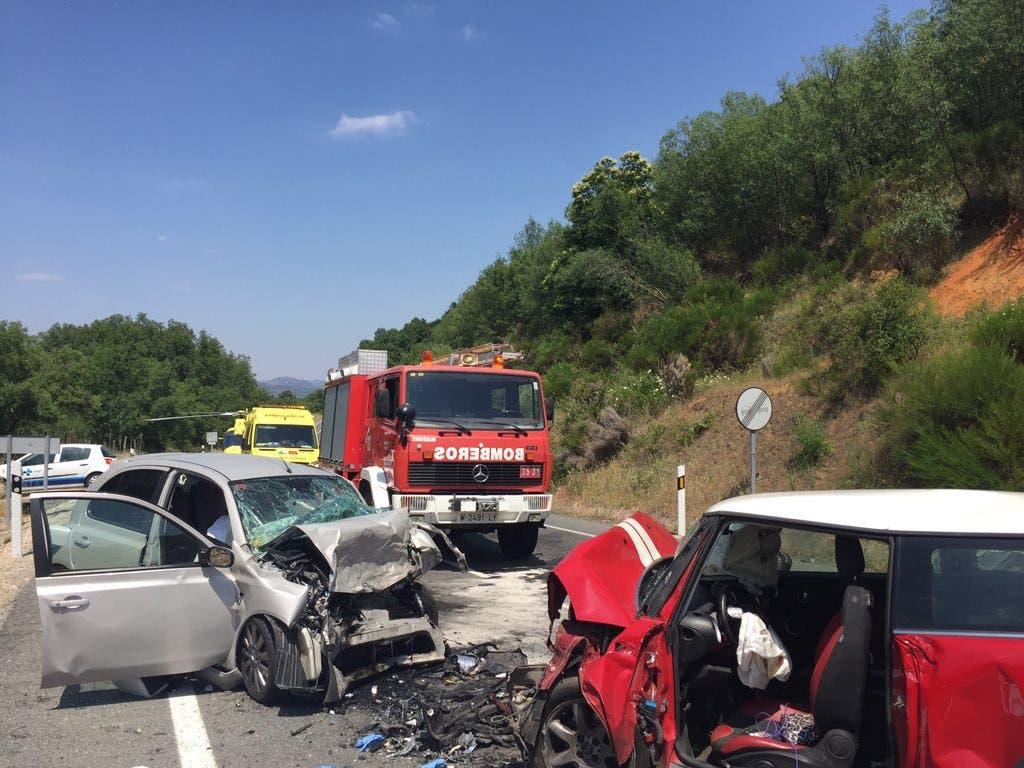 Mueren dos jóvenes en un accidente en la M-501