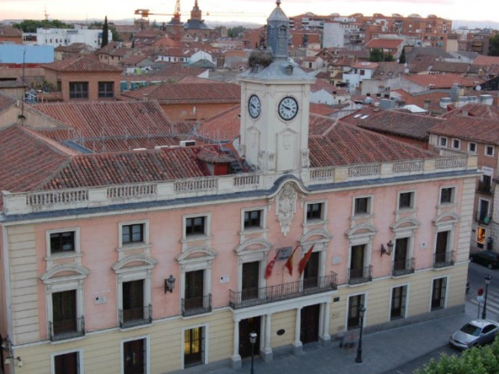 Un ascenso en la Policía Local de Alcalá de Henares bajo sospecha