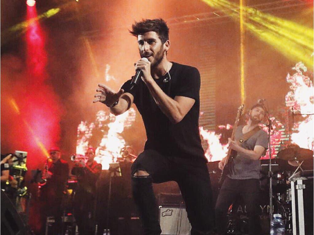 Álvaro en uno de sus conciertos en solitario (Twitter).