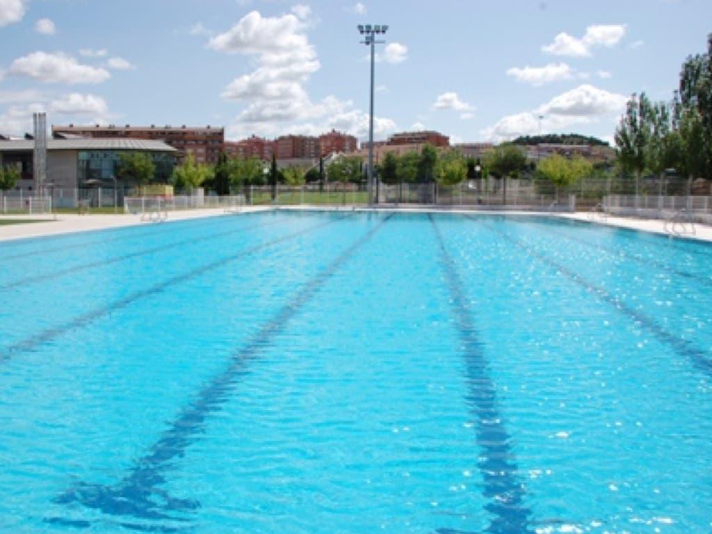 Tres socorristas de la piscina de Arganda, imputados por la muerte de un menor