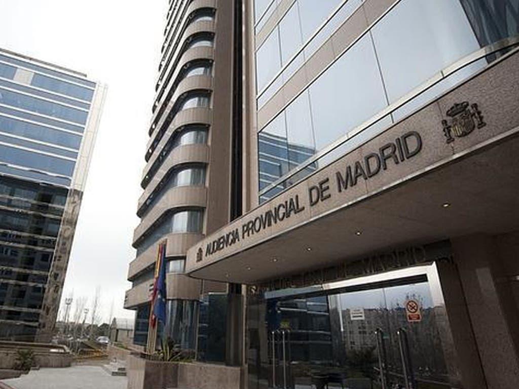 A juicio por robar 6.000 euros a la mujer ciega a la que cuidaba