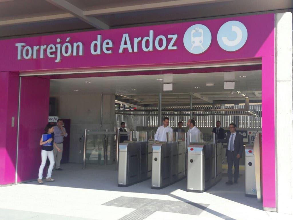 Abre al público el nuevo acceso a la Estación de Torrejón