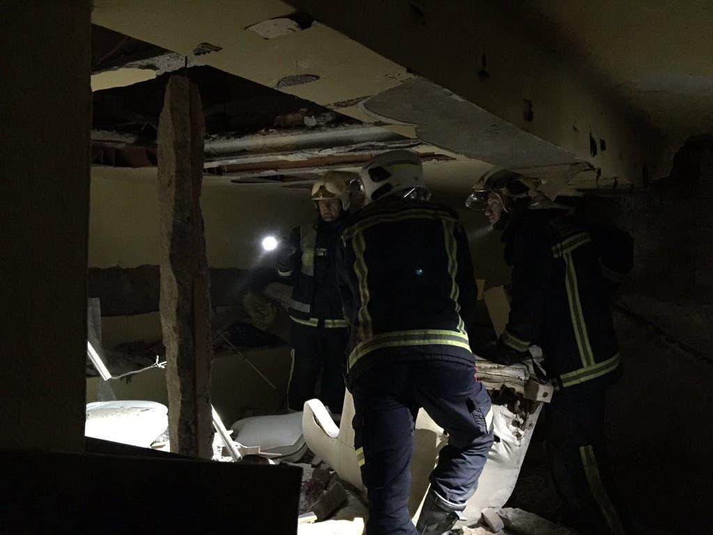 Una explosión en un chalet lo destroza por completo y deja un herido grave