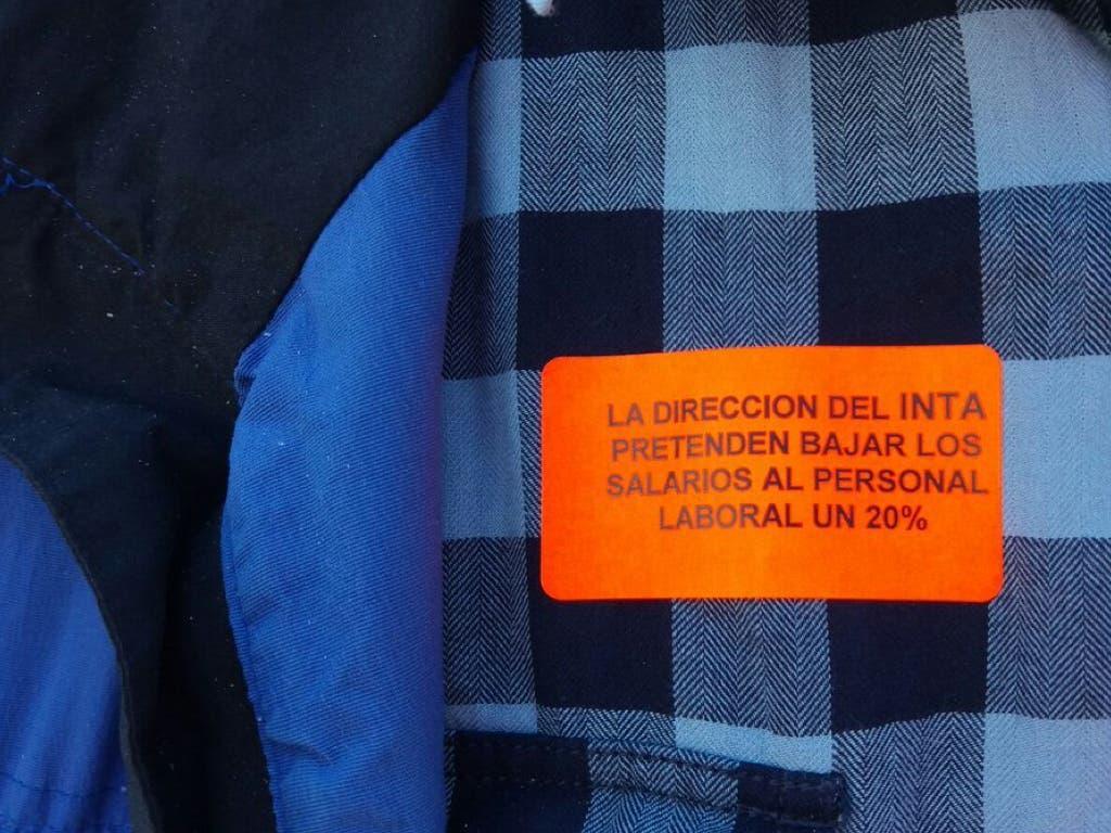 Torrejón muestra su «total apoyo» a los trabajadores del INTA