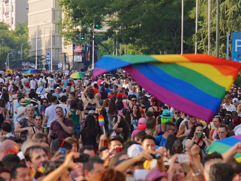 Huelga de 24 horas en el Metro para el día grande del Orgullo