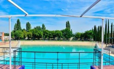 La única piscina de olas pública de Madrid está en Torrejón