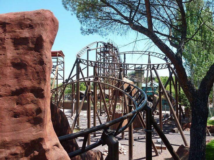Al menos 33 heridos en una montaña rusa del Parque de Atracciones de Madrid