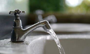 Restablecido el suministro de agua en Coslada tras la rotura de un colector en la zona este de Madrid