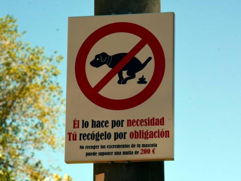 Torrejón instala 300 carteles como este por toda la ciudad