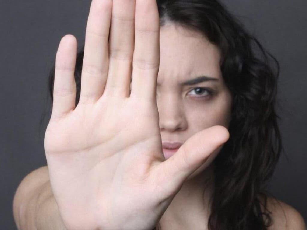 Investigan el caso de una mujer apuñalada por su expareja en Coslada