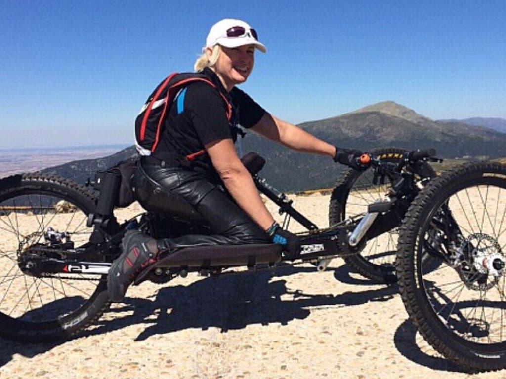 Roban la bicicleta a una atleta paralímpica en el Orgullo Gay