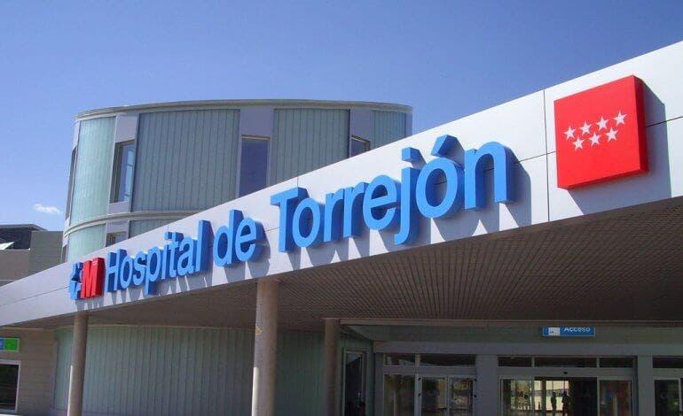El Hospital de Torrejón, pionero en realizar tatuaje 3D tras el cáncer de mama