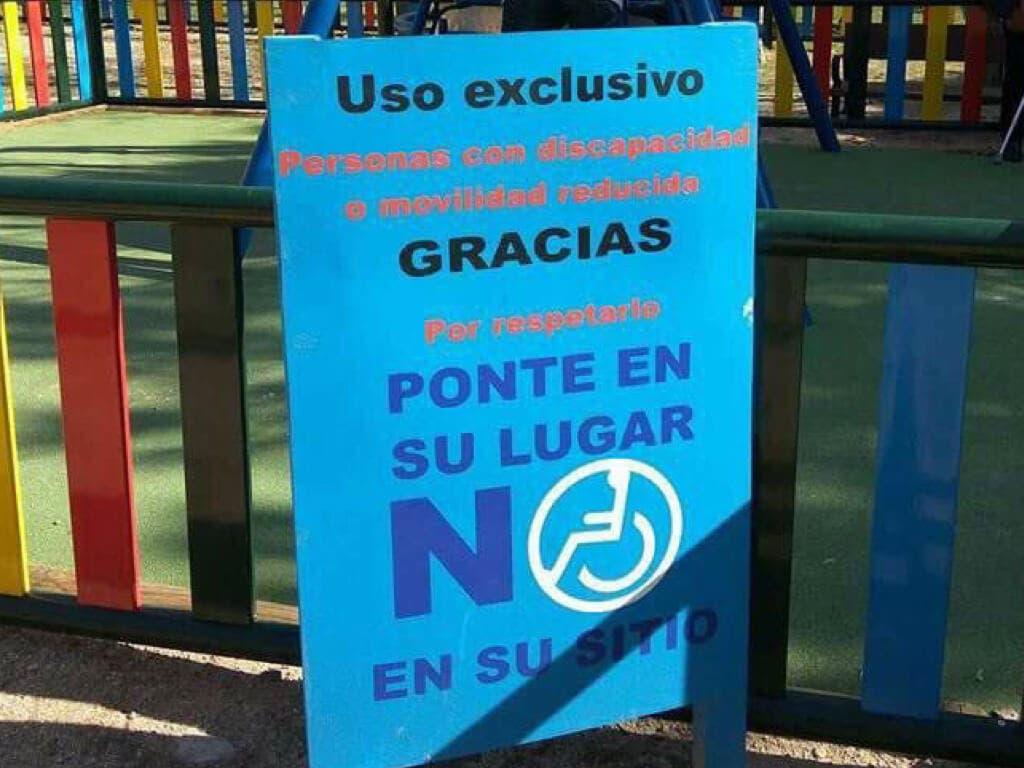 Multados en Torrejón por no respetar los juegos para niños discapacitados