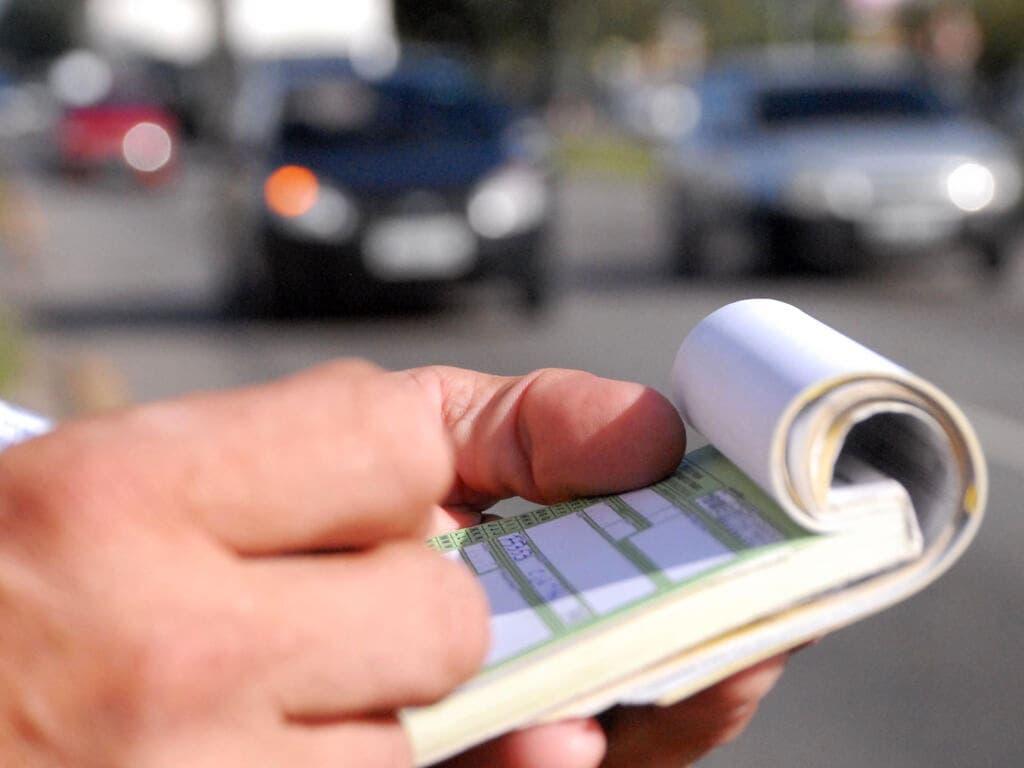 Alcalá descarta aumento de multas de tráfico pero no de otro tipo