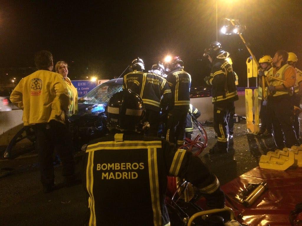 Una joven, herida grave en un accidente en la M-500