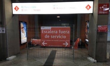 Cercanías cierra escaleras mecánicas en agosto y los usuarios estallan