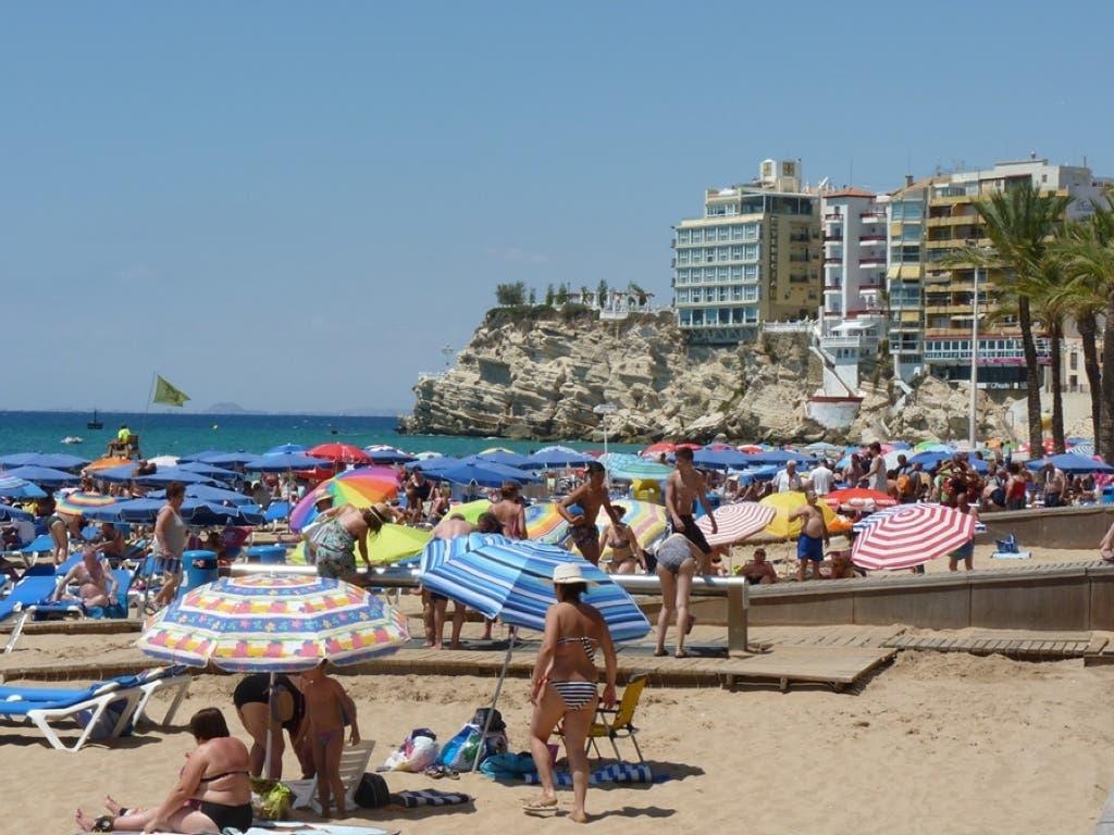 Casi un66% de los españoles no irá de vacaciones este verano