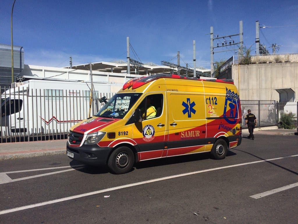 Herida una mujer en Atocha tras quedar atrapada entre coche y andén