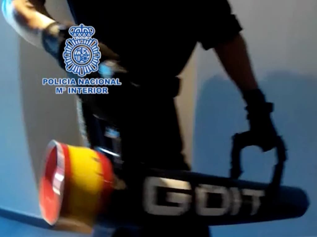 Cae en Madrid una banda con servicio de tele-coca 24 horas