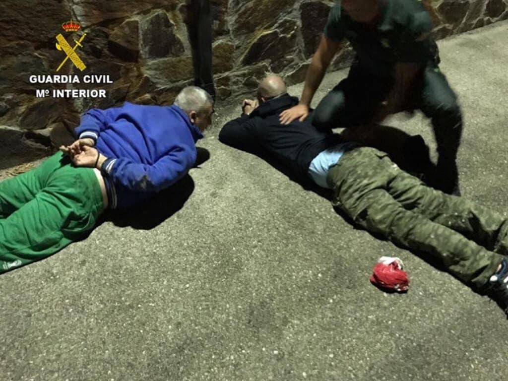 Sorprendidos dos vecinos de Alcalá de Henares robando en una vivienda en Guadalajara